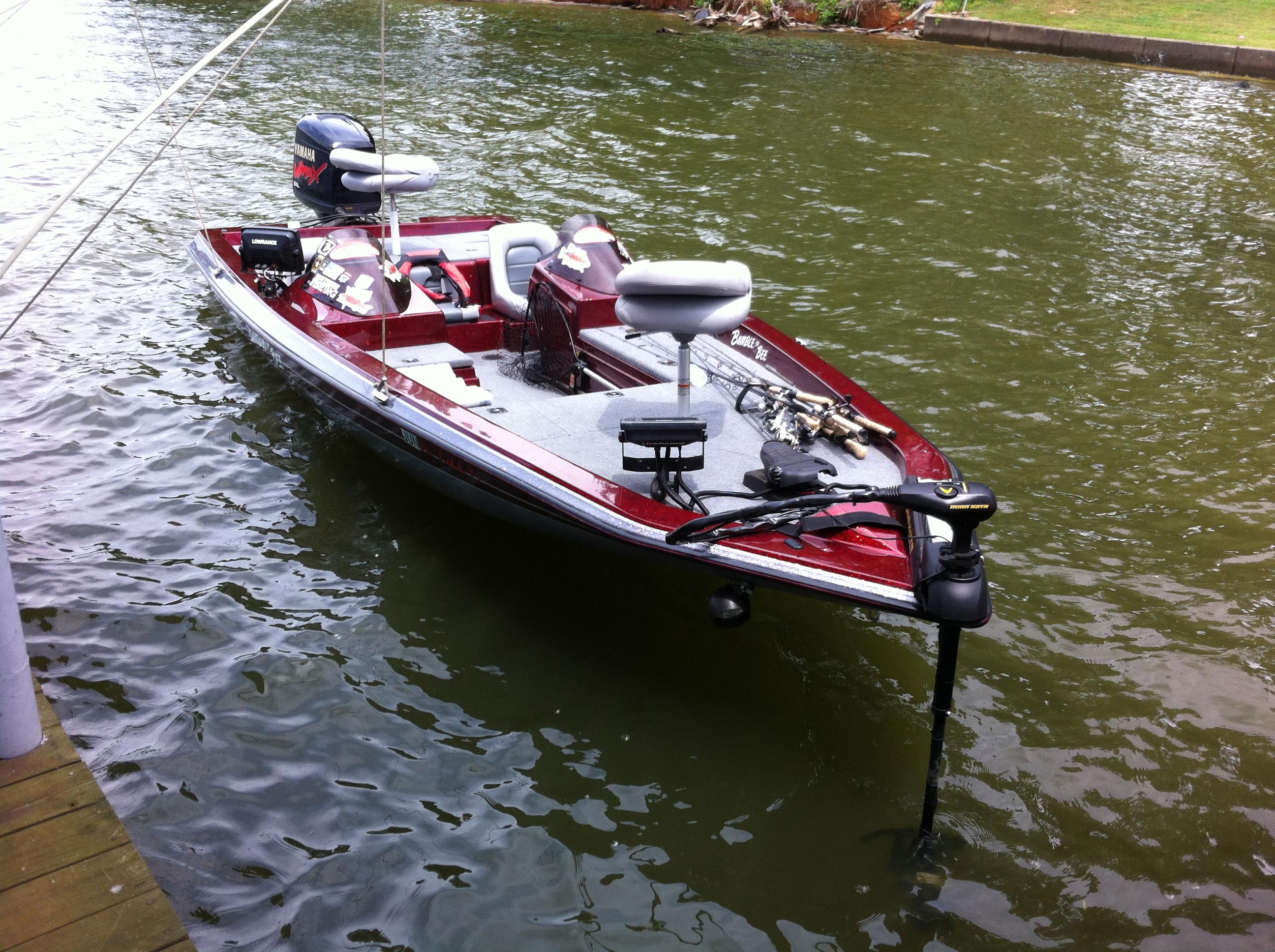 Southern Fishing Headquarters / Fishing Boat
